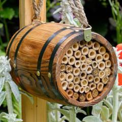 Wildlife World Bee Barrel