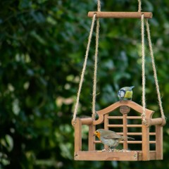Wildlife World Luytens Swing Seat Feeder - Brown - birds