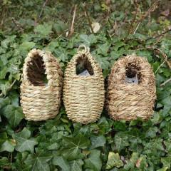 Wildlife World Oval Roosting Nest Pocket
